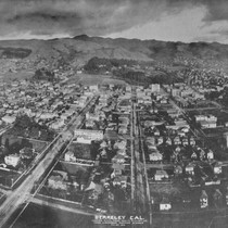 Berkeley, Cal., from Lawrence Captive Airship, 1908