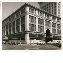 Capwell, Sullivan and Furth building prior to demolition, corner of 14th and ...