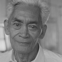 Filipino man with liquid eyes, from Walnut Grove: Portrait of A Town