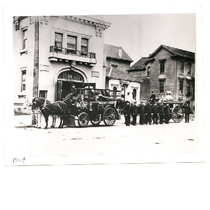 Members of Oakland Fire Department Engine Company 11, 817 Alice Street in ...