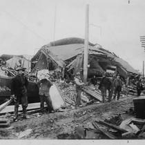 Damage on Mendocino Avenue, Santa Rosa, after the 1906 Earthquake