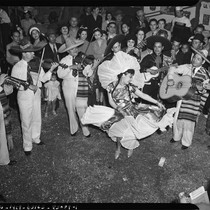 Mexican American dancer and musicians on Cinco de Mayo