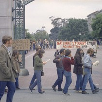 Strikers at Sather Gate, University of California Berkeley