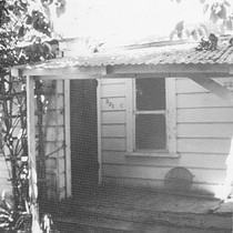 1894 Middle Cottage of the Carmelita Cottages