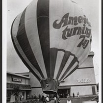 "The 7-UP ""America's turning up"" hot air balloon"