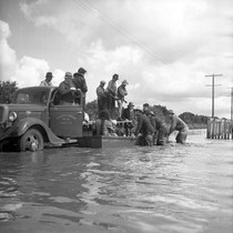 1938 flood, Placentia Orchard Co. (S. Chapman)