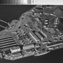 [Aerial photograph of Kaiser Shipyard Number Three]