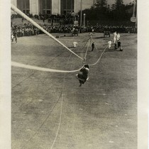 Aerial rescue demonstration at the 1915 Panama-Pacific International Exposition [photograph]