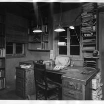 Eric Berne's writing study (interior)