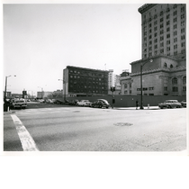 Back side of Oakland City Hall, east side of Clay Street between ...