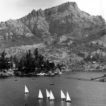 Annual Labor Day regatta on Lake Sherwood