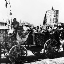 1897 La Fiesta. Chinese Merchants float