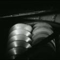 [Demonstration of Rapid-Cleave Corporation apricot pitting machine]