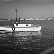 """27 A 400"" boat, Newport Beach, California: Photograph"