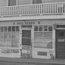 Gato Negro tavern, from Walnut Grove