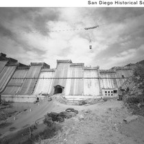 San Vincente Dam under construction