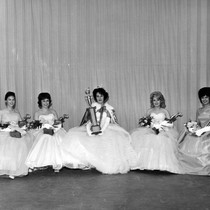 1963 Miss Commerce and court