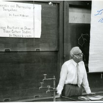 Chauncey Depew Leake lecturing at Tokyo