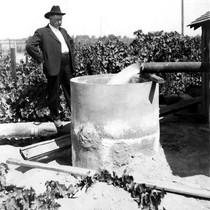 1913 Irrigation Pump