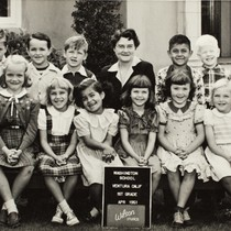 1st Grade Class at Washington School, in Ventura, CA