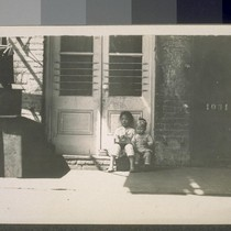 Chinatown. Fresno, Cal. [Children sitting on front stoop.]