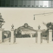 Sather Gate, 1912