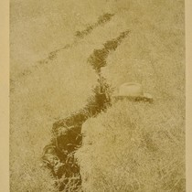 1 1/2 miles S. [south] of Chittenden [Crack in ground.]