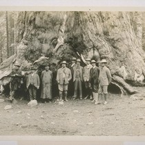 Roosevelt Party at Mariposa Grove. Left to right: 2 secret service men, ...