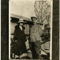 Bessie Beatty with Russian soldier (2)