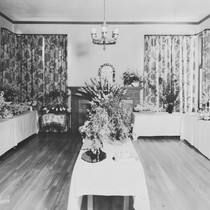 Display at Minerva Club flower show, 1938