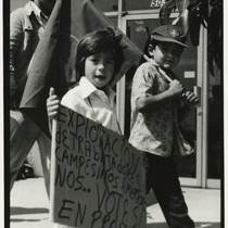 Children demonstrating in support of Prop 14