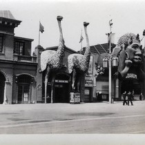 Crawston Ostrich Farm at the Zone, 1915 Panama-Pacific International Exposition [photograph]