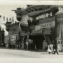 "At ""The Zone,"" 1915 Panama-Pacific International Exposition [photograph]"