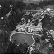 Aerial photograph of Mills College