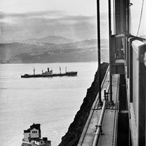 """1st ship out at end of strike."" Vessel not identified [neg. dated ..."