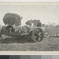 Johnson Toe Hold Tractor on market for short period about 1912. Built ...