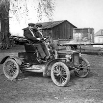 1906 One Cylinder Reo Automobile