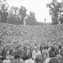 Crowd at Greek Theater