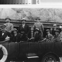 Group portrait of Sutter (Calif.) residents taking a sightseeing tour of San ...