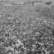 Audience listening to Eldridge Cleaver speak, on the campus of the University ...