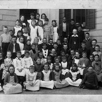 Photograph of a grammar school class from Lincoln School, Riverside, California
