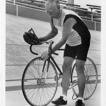 1932 Olympian cycling at Velodrome