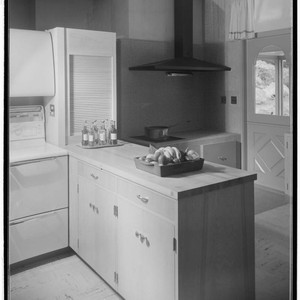 Pace Setter House of 1953 [Hoefer residence]. Kitchen