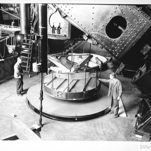 The 100-inch mirror in its hoisting machine, under the 100-inch telescope, Mount ...