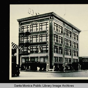 Tegner Building on the corner of Santa Monica Blvd. and Fourth Street, ...