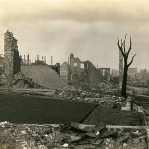 Looking south to east from Bush and Jones Street, San Francisco Earthquake ...