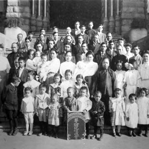 Lillie Louie, Congregational Church group in front of Los Angeles old courthouse. ...