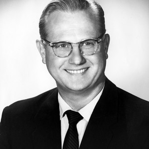 Burbank Mayor (1959-1960) Earle William Burke