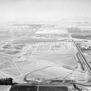 Kraft Foods plant construction, Artesia Blvd and Knott Ave., looking north