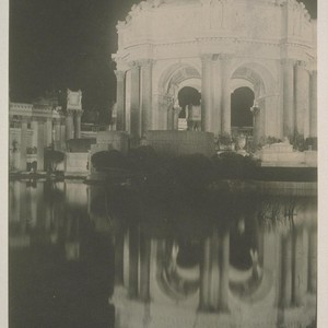 H128. [Rotunda, Palace of Fine Arts (Bernard R. Maybeck, architect), illuminated.]